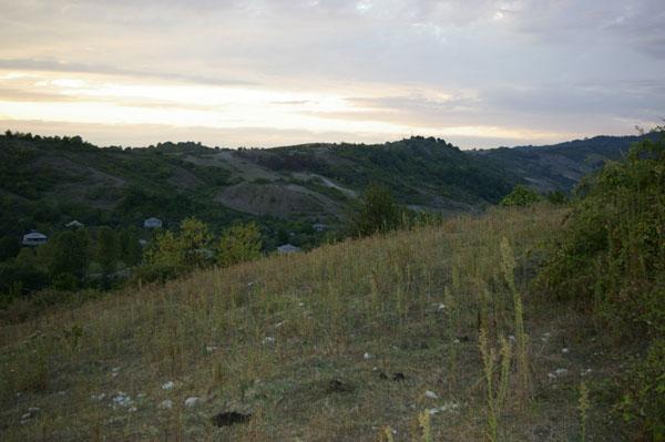 Поселок в Абхазии. Фото