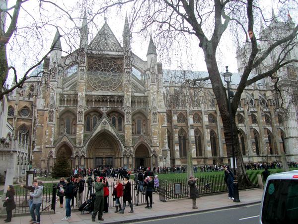 Вход в Вестминстерское аббатство, фото