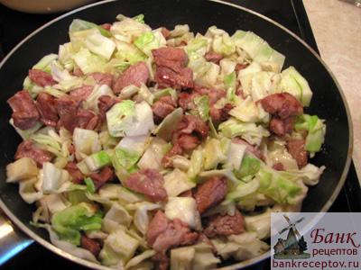 Рецепт салата из курицы с виноградом и сыром